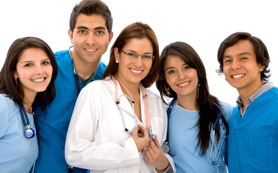 Professioni Sanitarie: Aumenta il lavoro per gli Infermieri, report occupazionale 2016